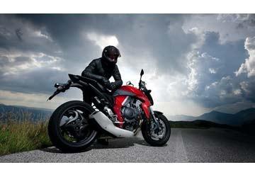 La tua moto e il portatarga cosa sapere per evitare le pesanti