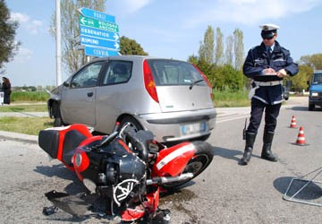 5599546c91 Osservatorio il Centauro - ASAPS Un week end di sangue per i motociclisti.  Una decina di morti e numerosi feriti nel secondo fine settimana di maggio