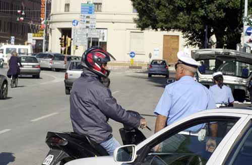 Si pu condurre ciclomotore con foglio rosa a1 oppure con - Si possono portare passeggeri con il foglio rosa ...